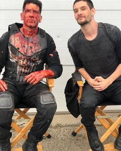Behind the scenes on with 'How's your day goin, Frank?' 😂 Season 2 streaming NOW 💀 🧩 Punisher Marvel, Daredevil, Marvel Dc, Marvel Comics, Jon Bernthal Punisher, Punisher Season 2, Nerd Party, Prince Caspian, Casting Pics