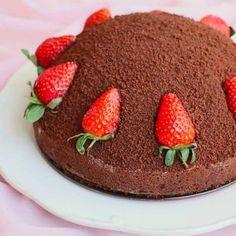 Oldukça hafif ve lezzetli bir pasta.