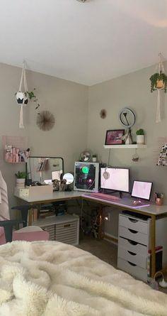 Bedroom Setup, Room Design Bedroom, Room Ideas Bedroom, Bedroom Decor, Gaming Room Setup, Computer Gaming Room, Gamer Setup, Pc Setup, Desk Setup