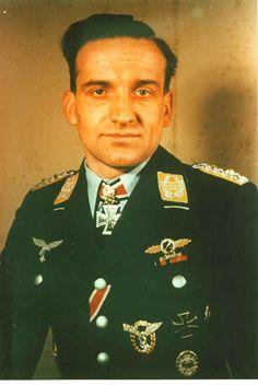 "Oberst Hans-Ulrich Rudel (2 Jul 1916 – 18 Dec 1982) Knight's Cross 6 Jan 1942 as Olt & Staffelkapitän 9./StukaG 2 ""Immelmann""; 229th Oak Leaves on 14 Apr 1943 as Staffelkapitän 1./StukaG 2 ""Immelmann""; 42nd Swords on 25 Nov 1943 as HPTM & Kommandeur III./StukaG 2 ""Immelmann""; 10th Diamonds on 29 Mar 1944 as Major & Kommandeur III./StukaG 2 ""Immelmann""; 1st Golden Oak Leaves on 29 Dec 1944 as OLT & Geschwaderkommodore of Schlachtgeschwader 2 ""Im'mann"