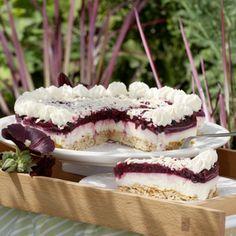 """Knusprig, leicht und nicht zu süss schmeckt die Lieblingstorte von Agnes Nacke. """"Die Torte lässt sich gut vorbereiten, ist aber auch schnell gemacht,..."""