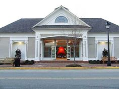 Some Hampton Roads Venues For The Bride On A Budget