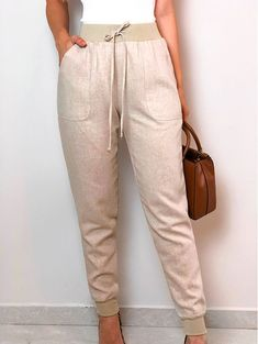 Cute Girl Outfits, Chic Outfits, Fashion Outfits, Womens Fashion, Jogger Pants, Joggers, Diy Clothes, Casual Looks, Khaki Pants