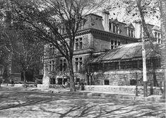 Van Horne's house, Sherbrooke Street, Montreal, QC, about 1900 Montreal Architecture, Architecture Old, Montreal Ville, Ottawa, Vintage Photography, Rue, Monochrome, Canada, Street