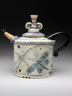 Would love to own one of these :) -K Barbara Chadwick Dragonfly Teapot for #tea…