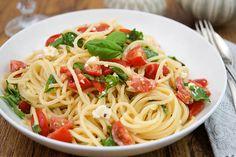 Rezepte - Pasta mit Feta-Käse und frischem Basilikum von Elle Republic