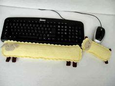 Patrón para realizar un reposa brazos de teclado y ratón...