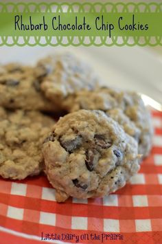 Rhubarb Chocolate Chip Cookies on ( I can't eat rhubarb but. Rhubarb Cookies, Rhubarb Desserts, Rhubarb Recipes, Chocolate Chip Cookies, Chocolate Chip Oatmeal, Oatmeal Cookies, Chocolate Chocolate, Easy Cookie Recipes, Cookie Desserts