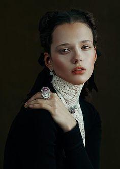 Magazine: Vogue Gioiello, March 2015 Title: Discover the enchanting side of luxury Photographer: Kiki Xue Model: Alice Tubilewicz Stylist: Enrica Ponzellini Hair: Joseph Pujalt Makeup: Marie Duhart