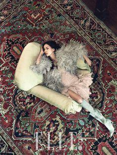 feeling the boho vibe. Tokyo Fashion, Fur Fashion, Asian Fashion, Womens Fashion, Fashion Trends, Ralph Lauren Style, Boho Life, Global Style, Elle Magazine