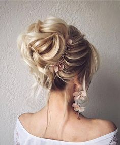Hairstyles step by step Bridal floral earrings, bridal hair clip Bridal floral earrings bridal hair clip Box Braids Hairstyles, Bride Hairstyles, Updo Hairstyle, Teenage Hairstyles, Hairstyles 2018, Cute Hairstyles For Wedding, Hairstyle Ideas, Bun Updo, Hairstyles Pictures