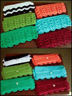 crochet wallets - no link or pattern. uploaded by original pinner