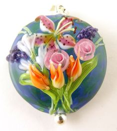 Items similar to Clover Flowers - Glass Focal Bead on Etsy Clover Flower, Beaded Flowers, Glass Flowers, Beading Tutorials, How To Make Beads, Lampwork Beads, Glass Beads, Glass Marbles, Crafts