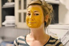 Zerdeçal maskesi ile cildiniz coşacak!
