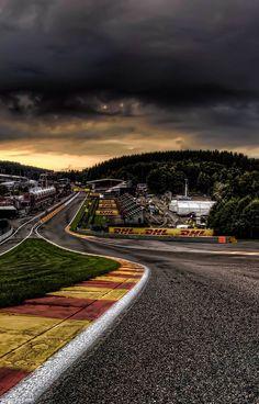 Formula 1 Iphone Wallpaper, F1 Wallpaper Hd, Sports Wallpapers, Car Wallpapers, Formula 1 Car Racing, Sports Car Photos, Aryton Senna, Track Pictures, Auto Motor Sport