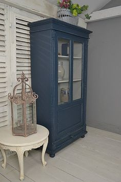 die 126 besten bilder von alte m bel streichen bemalte m bel alte m bel streichen und. Black Bedroom Furniture Sets. Home Design Ideas
