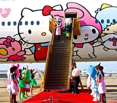EVA Air Hello Kitty Plane - I hear this thing flies out of SFO! Hello Kitty Bedroom, Airplane Painting, Asia, Trending Art, All I Ever Wanted, Thinking Day, Sanrio Characters, My Melody, Anime Figures