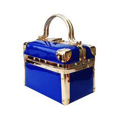 For some ladies, buying a genuine designer handbag is not something to rush straight into. Since these bags can certainly be so high priced, ladies typically worry over their selections prior to making an actual bag acquisition. Vintage Fur, Vintage Purses, Vintage Bags, Vintage Handbags, Purses And Handbags, Ladies Handbags, Purse Styles, Handbag Accessories, Fashion Accessories