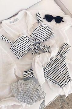 Floralkini Black And White Striped Underwire Bikini Set – FloralKini