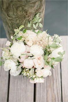 white and blush #bouquet @weddingchicks