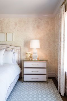 The guest room, by Courtney Cox and Alex Deringer of Ivy Lane.