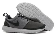 more photos cc634 6b587 Roshe Run Yeezy Homme Marine Pour Nike Grise Nike Basketball Shoes, Sports  Shoes, Running