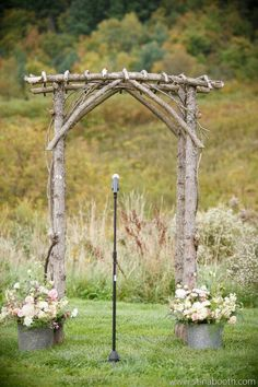 i love this Arbor and simple flowers next to it in the tin potters - Wedding Arch Wedding Arch Flowers, Wedding Arch Rustic, Wedding Arches, Garden Arbor, Garden Trellis, Rustic Flowers, Simple Flowers, Rustic Gardens, Outdoor Gardens