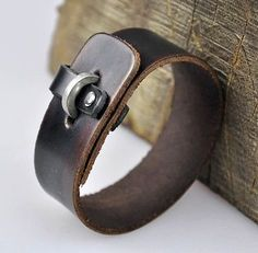 K75 Simply Cool Single Band Men's Leather Bracelet Wristband Cuff Vintage BROWN by Preciastore