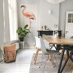 Flamingo Fever in your interior! Some pretty pastel wall decoration with IXXI. My Living Room, Home And Living, Living Spaces, Modern Living, Home Interior, Interior Decorating, Apartment Interior, Interior Doors, Interior Paint