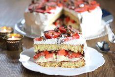Bløtkake med daim og jordbær