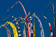 Balinese prayer flags called Umbul Umbul - standing tall on the beach during MELASTI celebrations. . . . . . #bali #traveling #travelphotography #instatravel #travelblog #travelblogger #travelphotography #wanderlust #welltraveled #traveller #nomad #destinationed #travell.ers #balidominik #natgeo #natgeoadventure #wanderlustofasia #instatravel #instagood #asianculture #wewanderasia #explorebali #balidaily #fascinatingbali #melasti #galungan