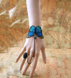 Gorgeous Blue Butterfly Bracelet Feather & Wings of any Kind Keka❤❤❤ Hand Jewelry, Cute Jewelry, Beaded Jewelry, Jewelry Accessories, Fashion Accessories, Handmade Jewelry, Jewelry Design, Lace Bracelet, Butterfly Bracelet