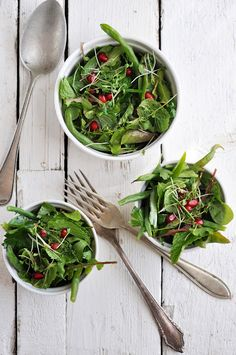 herb salad green beans pomegranates