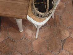 Chicago Brick Hexagon x Porcelain Mosaic Tile in Old Chicago Brick Look Tile, Calming Sounds, Best Floor Tiles, Rhythm And Blues, Stair Treads, Farmhouse Plans, Stone Tiles, Porcelain Tile, Wall Tiles