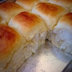 These Soft Dinner Rolls Are Slightly Buttery And A Snap To Make Thanks To A Bread Machine