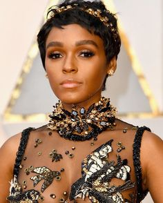 #JanelleMonae slays her first ever #Oscars red carpet For all the fashion and beauty looks head to ELLECanada.com.  via ELLE CANADA MAGAZINE OFFICIAL INSTAGRAM - Fashion Campaigns  Haute Couture  Advertising  Editorial Photography  Magazine Cover Designs  Supermodels  Runway Models