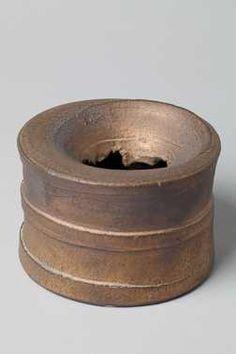Vaas (1982) Aardewerkfabriek Mobach Pottenbakkers. Keramiek, geglazuurd.