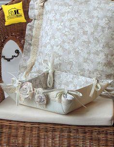 Cestino di stoffa porta oggetti della collezione Lady Rose by Angelica Home & Country
