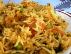 For all you aspiring Indian chefs why not recreate our best Indian Vegetable Biryani at home to impress friends and family at your next dinner party. Good Healthy Recipes, Healthy Foods To Eat, Healthy Eating, Best Indian Recipes, Indian Foods, Ethnic Recipes, Vegetable Biryani Recipe, Vegetable Recipes, Veg Dishes