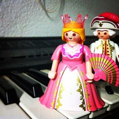 #playmobil #toyphotography #piano #princess #music #toyplanet