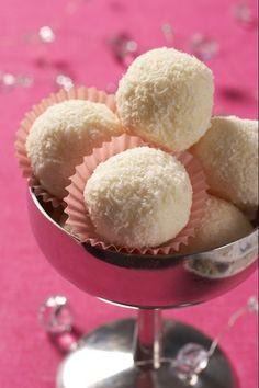 Od těch pravých, kupovaných, jsou téměř k nerozeznání. Brazil Food, Ice Cream Candy, Desert Recipes, No Bake Cake, Cake Cookies, Muffin, Sweets, Sugar, Baking
