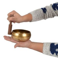 Como usar cuenco tibetano Napkin Rings, Napkins, Singing, Pattern, Decor, Music Instruments, Artists, Decorating, Decoration