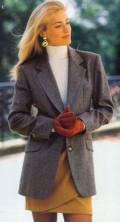 Elaine Irwin for Victoria Secret, 1992 Fashion Kids, Fashion Models, Retro Fashion, Vintage Fashion, Womens Fashion, Fashion Trends, 1990s Fashion Women, Fashion Fashion, Fashion Photo