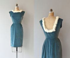 Vintage 1950s aegean blue velvet dress with white rabbit fur trimmed neckline at both the front and the low dipped back. Tiny cap sleeves, princess