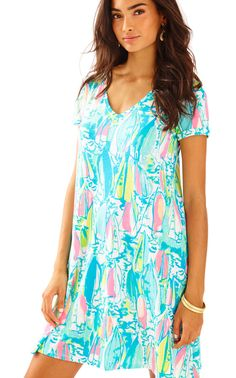 7af944f1b18c6d Shop Women's Lilly Pulitzer Blue Pink size S Midi at a discounted price at  Poshmark.
