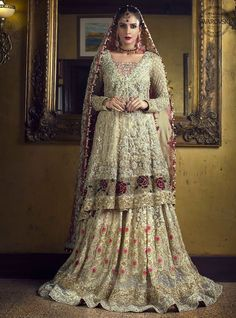 #Wedding day is the most important day of any girls life and they have to look at their best, to look best at your #wedding wear Mizz Noor #Dress!! Chose your style and design and let mizz noor prepare the dress for you using finest #fabric and intricate #embroidery #mizznoor #bridalmua #bridaldress #asianbride #pakistanifashion #pakistanibridalwear #bridemagazine #bridaldress2018 #latestfashion #indianwedding
