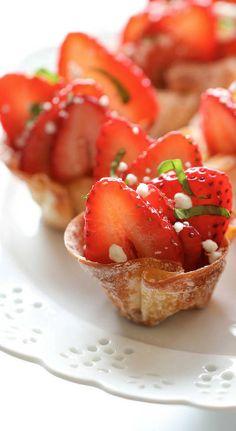 strawberry wonton cups