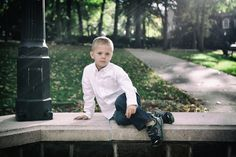 Photography. Color. Portrait. On location.  Outdoor.  Family.  Child.