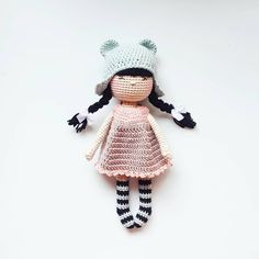 So in love with this little one... ° ° ° Pattern @nina.hookcreations Yarn @schachenmayr ° ° ° #handmadebyamaloudesigns #ninahookcreations #amigurumi #amigurumidoll #doll #crochet #kawaii