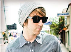 Alex Gaskarth. Ahhhh my favorite person ever. All time low :) I miss you